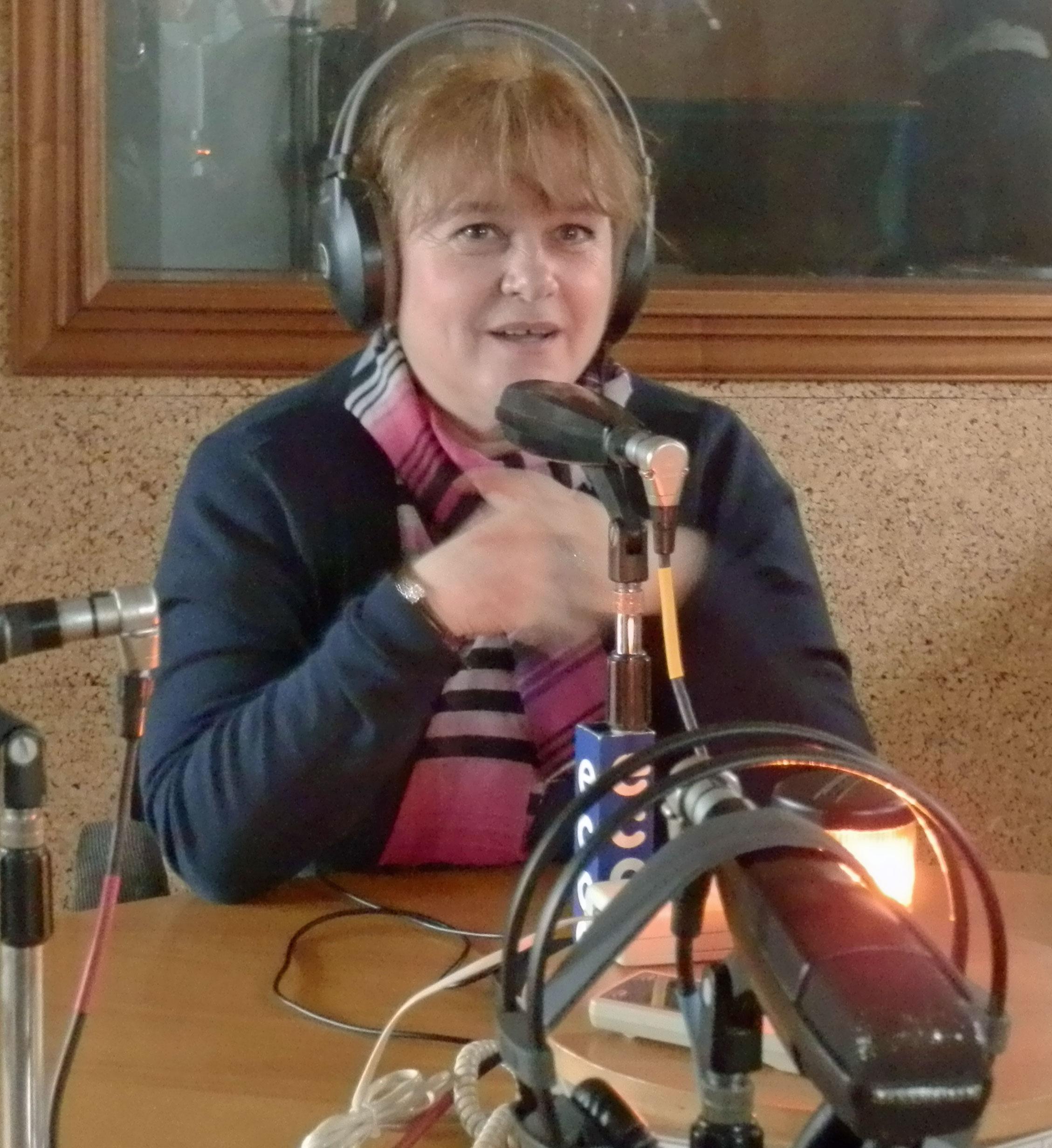 Lidia Dobre en Radio ECCA